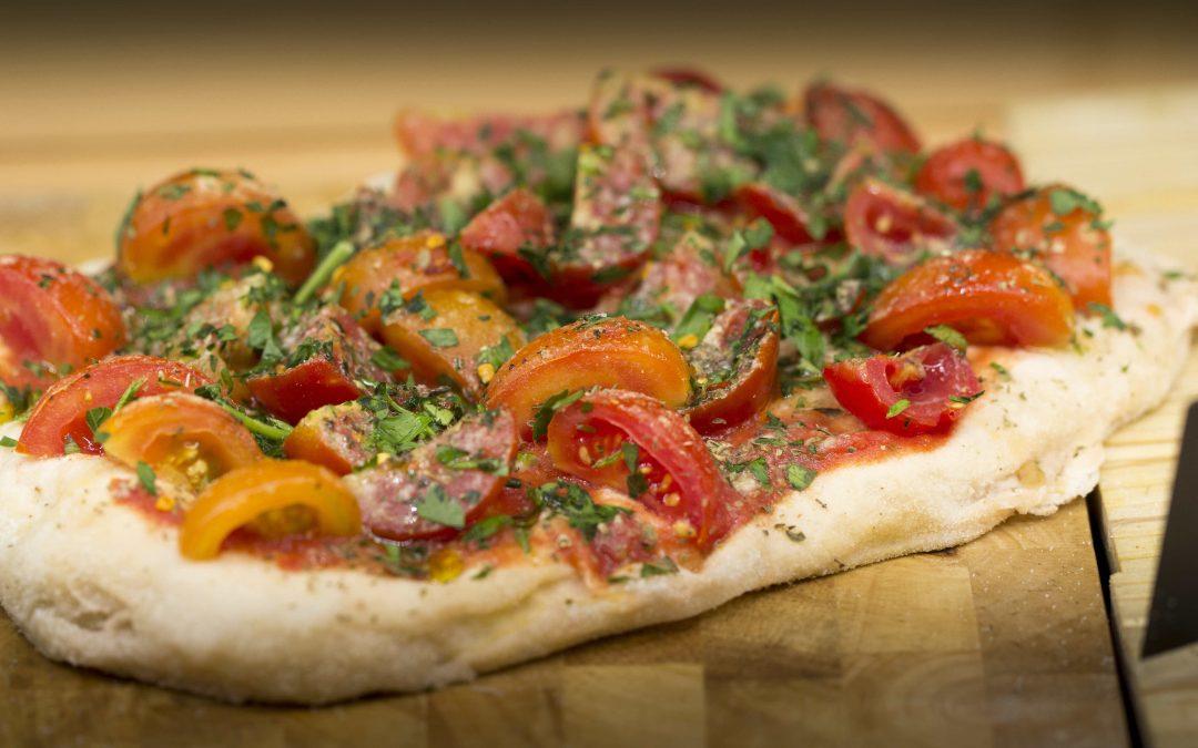 La ricetta della pinsa romana, una base per tutti i gusti!