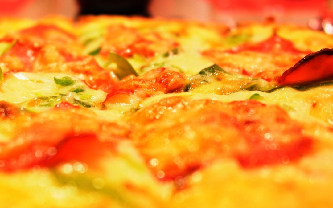Ordina una pizza a casa, a Roma Prati la pizzeria è a domicilio!