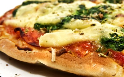 Luglio col bene che ti voglio, una pizza a casa ordinerò!
